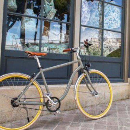 vélo courroie pneus pleins vue secondaire