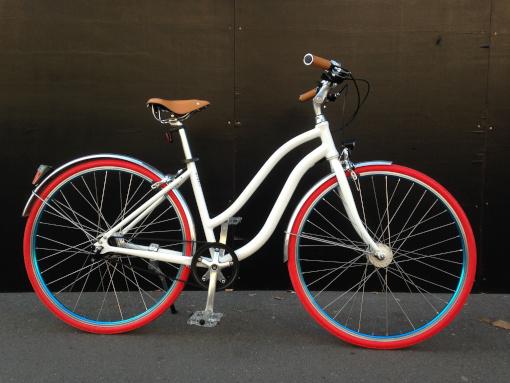 vélo de ville chic vintage personnalisable